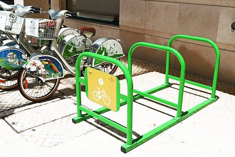 Estacionamentos bike parking